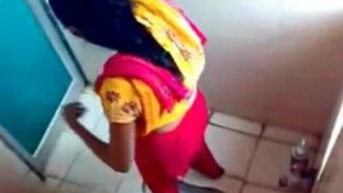 Bangla Desi Hostel Girls Hidden Cam in Toilet XXX HQ