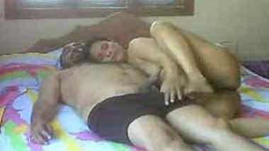 Great sex video of amateur Desi couple having XXX chudai in bedroom