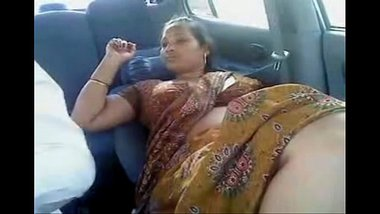 Tamil Aunty Yelling For Not Satisfying Her