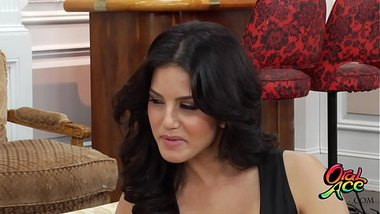 Sunny Leone in XXX version of Charlie's Angels