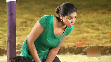 Sexy cleavage of Tamil TV actresses in a reality show