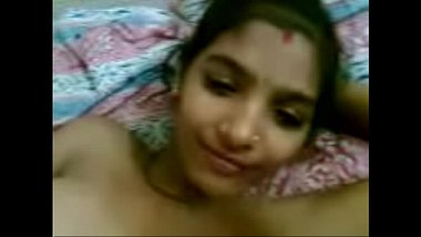 Sexy Bengali wife exposes her nude body to hubby's friend