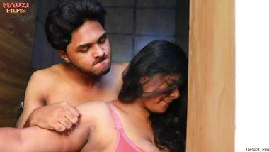 Desi girlfriends please horny guys with hot XXX sex in porn movie