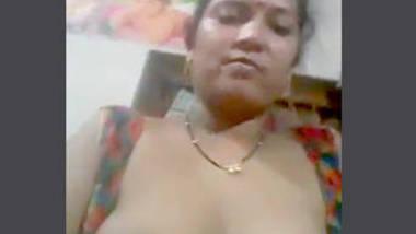 Desi sexy aunty nice fuddi
