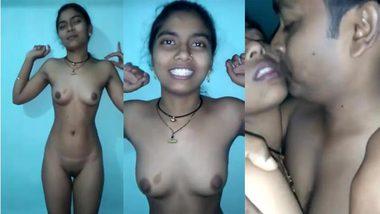 Skinny Indian girl and Desi XXX husband enjoy kissing on camera