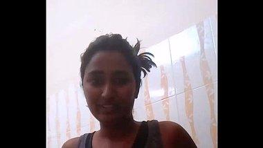 Sexy Telugu babe Swati Naidu taking a shower