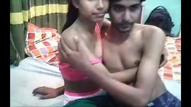 Desi lovers recording sex live on their webcam