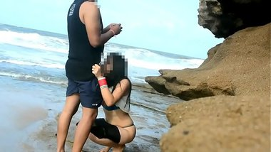 Desi MMS of a hot TV actress in the beach