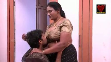 Indian mature aunty's home sex with her driver