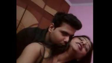 Guy romance with sexy bhabi non nude video