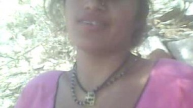 Desi bhabi outdoor