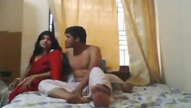 Guy asks Desi wife to spread legs on camera and she doesn't mind