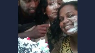 Mallu Boyfriend Birthday Party With 2 Girls -2