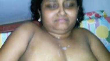 Mallu Bhabi Captured While Fucking