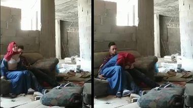 Guy enjoys blowjob by Indian girl in red hijab in abandoned building