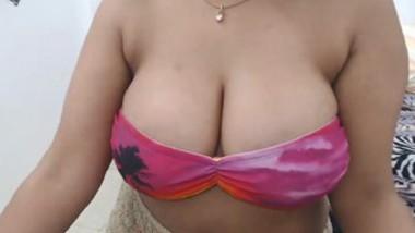 Desi Booby Mona Strip Chat Cam-4