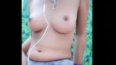 Desi beautiful girl fingering pussy