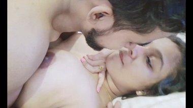 Nude Kissing selfie of Indian lovers