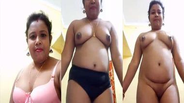 Mature Bengali Boudi stripping nude before cam