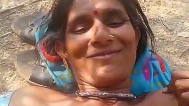 Dehati Adivasi chudai video with randi in jungle