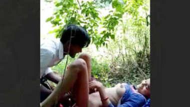 Desi Lovers Fucking In Jungle