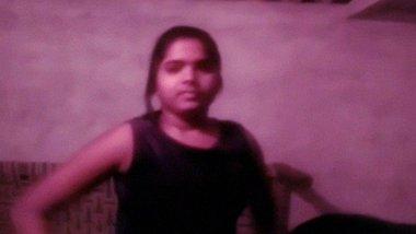 Selfie nude Desi MMS of Bangladeshi bhabhi