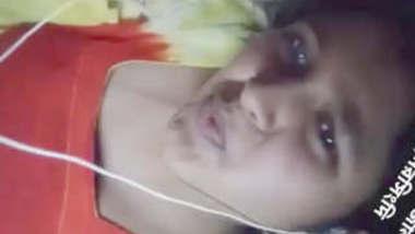 Bangladeshi Village Girl Showing And Fingering With Banglatalk And Moaning