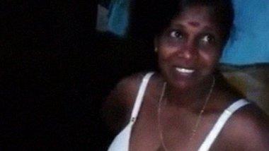 Kerala Vedi with big boobs stripping nude video