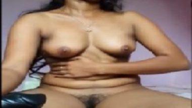 Sexy kerala virgin girl using dildo first time