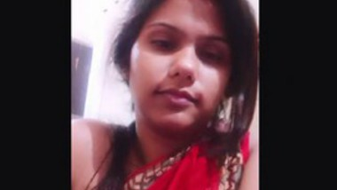 Desi cute bhabi very hot selfie video making-2