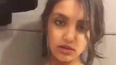 Desi Pakistani model spitting on boobs and fondling video