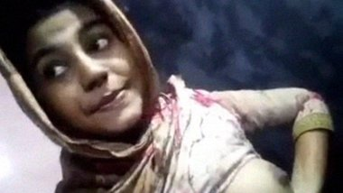 Topless selfie of Bangladeshi College girl