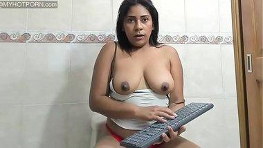 Webcam Sexy Amateur Bhabhi Masturbating On Live Show