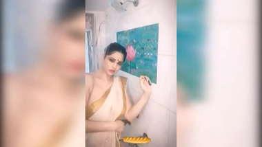 Amazing saree girl
