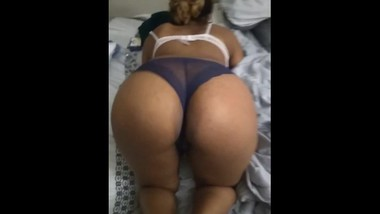 Bouncy Cumslut Ass
