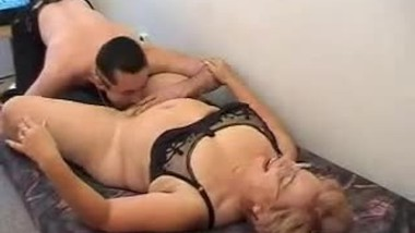 Grandma says fill your cream in my pussy but befor I want 69
