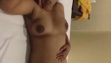 mallu aunty sleeping showing beautiful nude...