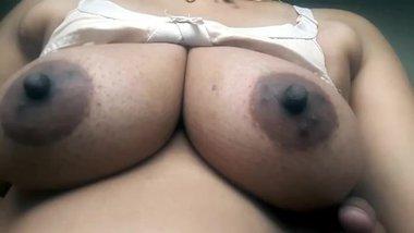 Tamil sexy cute bhabhi boob show
