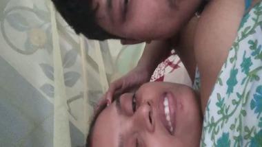 Dehati lovers romancing in bed selfie video