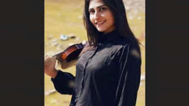 Beautiful Paki Tiktoker Zoii Hashmi Leaked Requested Video Part 1