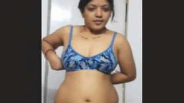 Indian Famous Hot Priya Bhabi Sex Vdo Part 1