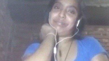 Dehati Bangla village girl fingering video call
