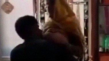 Paki Bhabi sex affair with Debar porn