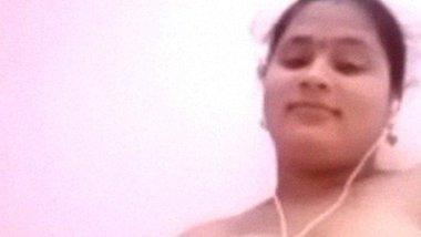 Self fingering Telugu aunty fondling boobs