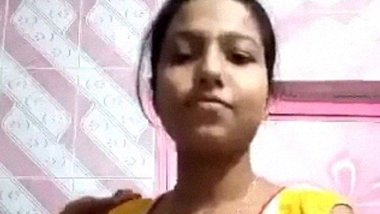 Bangladeshi Horny Girl ki nangi tease – ShopnoHin