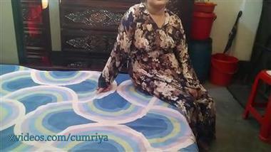 Punjabi cheating wife apni saheli ke pati se masti se chudi