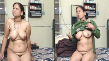 Mature Indian woman shows XXX assets not knowing about hidden sex cam