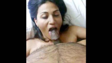 Desi Horny lady in oyo