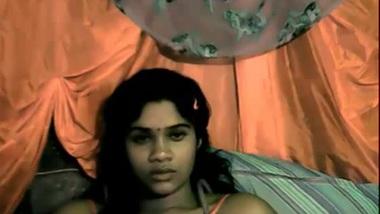 Desi Somnya Selfmade - Movies.