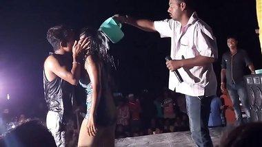 Bhojpuri Open Bikini Dance